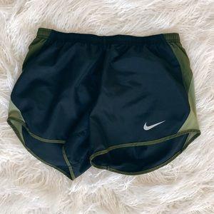 Nike Dri Fit Short Black Olive Green